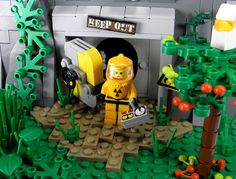 The outside world wasn't quite what I was expecting after decades of nuclear fallout. Legos, Lego Zombies, Lego Fire, Lego Sculptures, Lego Bedroom, Lego Pictures, Amazing Lego Creations, Lego Craft, Lego Mecha