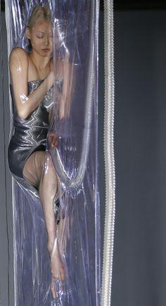 IRIS VAN HERPEN  2014 Paris Fashion Show