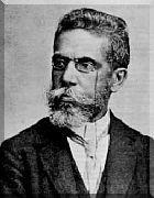MACHADO DE ASSIS, jornalista, contista, cronista, romancista, poeta, teatrólogo, crítico literário. Nasceu em 21 de junho de 1839, no Morro do Livramento, Rio de Janeiro do Período Regencial, então capital do Império do Brasil. Faleceu também no Rio de Janeiro, em 29 de setembro de 1908, aos 69 anos.