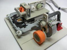 diy-fabriquer-une-imprimante-a-partir-de-pieces-detachees-dun-lecteur-dvd-03 Diy Electronics, Cnc, Fiber, Mar Del Plata, Parts Of The Mass, Entryway, Tecnologia, Summer Time