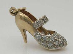 Gold and Rhinestone Stiletto Shoe Charm. Gold Pendant Necklace, Pendant Set, Pendant Jewelry, Charm Jewelry, Jewlery, Cute Charms, Gold Rhinestone, Bracelet Charms, Charm Bracelets