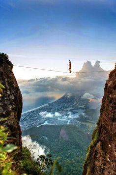 Pedra da Gávea -Rio de Janeiro       loucura loucura loucura                     Luciano Huck