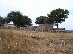 Travelogue Sardinia: Le tombe dei Giganti Madau (Fonni). Archeologia, Sardegna, Archaelogy, Sardinia, Nuragic Age (1300 - 900 B. C.)