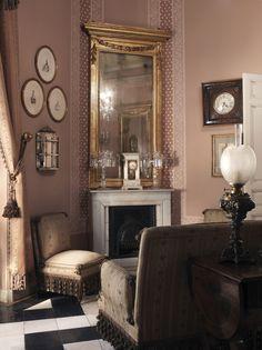 Museo Cerralbo. Salita Rosa. Los salones del Palacio Cerralbo despertaron la admiración de la aristocracia, los intelectuales y la prensa de fines del siglo XIX y comienzos del siglo XX.