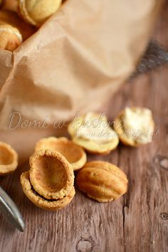 Ciasteczka orzeszki Snack Recipes, Snacks, Sweet Cakes, Chips, Polish, Baking, Author, Snack Mix Recipes, Appetizer Recipes