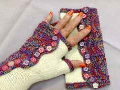 Ravelry: Project Gallery for Spatterdash Wristwarmers pattern by Dagmar Mora