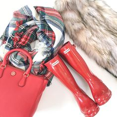 StylishPetite.com | Hunter red rain boots, faux fur vest, plaid blanket scarf, Tory Burch pebbled tote in red, Winter outfit, Fall outfit, cold weather outfit,