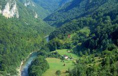 El monte Durmitor, en el parque nacional del mismo nombre, es el centro del turismo de montaña montenegrino,