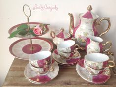 Antique Porcelain Tea Set with teapot sugar by SwaentsjeTeaParty, €90.00