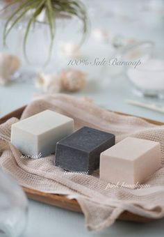 Hand made soap ideas and inspiration for the DIY lover! Ad Photography, Advertising Photography, Product Photography, Cosmetic Photography, Perfume Glamour, Soap Maker, Soap Packaging, Cold Process Soap, Handmade Soaps