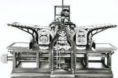 Com a industrialização da impressão e consequente avanço das máquina de impressão os jornais podem ter mais páginas, começando o objecto impresso a ganhar uma nova forma. Em 1812 Konig criou uma máquina que viria a imprimir o jornal diário The Times. Esta máquina era constituída por dois cilindros que faziam a impressão em simultâneo. Em 1814 a maquina passou a ser operada a vapor e a partir daí conseguia imprimir 1.100 exemplares por hora.