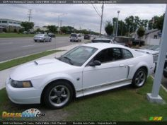 white 2004 mustang | 2004 Ford Mustang GT Coupe Oxford White / Dark Charcoal Photo #2