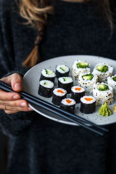 Vegan Sushi - and how to make it. Veganes Sushi selber machen.