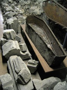 Iron coffin in St Bride's crypt. http://www.thefuneralsource.org/tfs004.html