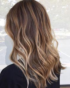 Sun-kissed honey vanilla toned hair ☀️ 🍯 Created by using Premium Clay Lightener with Vol. Light Blonde Hair, Wavy Hair, Bronde Hair, Salon Style, Healthy Hair, Braids, Hair Color, Long Hair Styles, Hairstyle