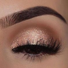 Champagne shimmer makeup for brown eyes .- Champagner-Schimmer-Make-up für braune Augen ✨✨✨ – Spitze Champagne shimmer makeup for brown eyes ✨✨✨ , - Eye Makeup Tips, Skin Makeup, Makeup Inspo, Eyeshadow Makeup, Makeup Ideas, Makeup Tutorials, Easy Makeup, Easy Eyeshadow, Eyeshadow Palette