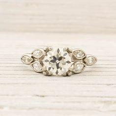 gorgeous vintage ring.