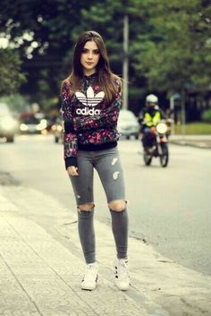 Get in touch with jade ( — 1611627 likes. Ask anything you want to learn about jade by getting answers on ASKfm. Komplette Outfits, Winter Outfits, Casual Outfits, Fashion Outfits, Tmblr Girl, Superenge Jeans, Adidas Outfit, Girl Fashion, Womens Fashion