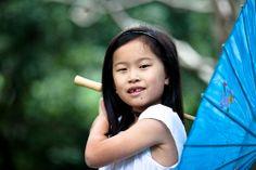 little girls, parasol props  family & lifestyle photography   Sydney Northern Beaches portrait & lifestyle photographer