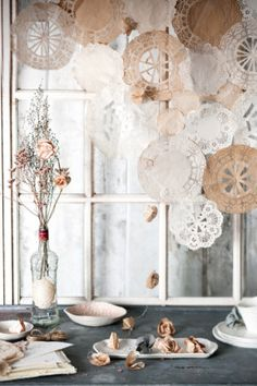 10 pretty paper craft projects. Turn humble paper doilies into a pretty window shade and whimsical garland. #paper #craft