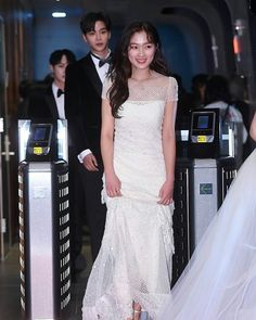 Mbc Drama, Formal Dresses, Wedding Dresses, Awards, Kdrama, Fashion, Formal Gowns, Alon Livne Wedding Dresses, Fashion Styles
