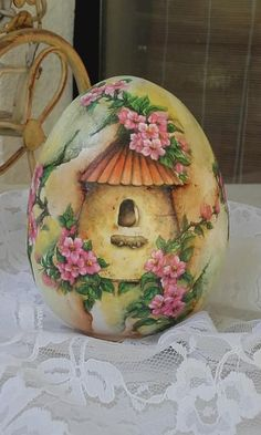 easter egg with oil colours