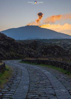 Da Piano dei Grilli/Etna Catania, Homeland, Mount Rainier, Mountains, Travel, Viajes, Destinations, Traveling, Trips