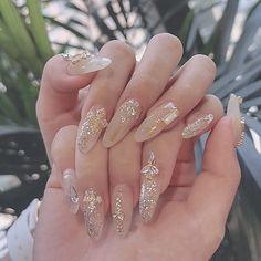 2020 summer new handmade custom light luxury Haoshi double-sided waterproof fake nails _nails May Nails, Nails Only, Nail Art Rhinestones, Rhinestone Nails, Bling Nails, Cute Acrylic Nails, Glue On Nails, Pastel Nails, Gorgeous Nails