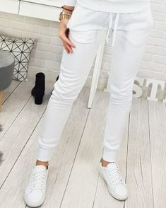 [New] The Best Fashion (with Pictures) This is the 10 best fashion today. According to fashion experts, the 10 all-time best fashion right now is. Retail Companies, Fashion Today, White Jeans, Modeling, Cool Style, Pants, Fashion Design, Beautiful, Trouser Pants