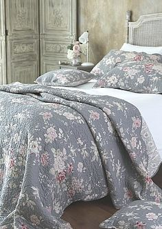 New Pretty Grey Pink Floral King Quilt | Coast U0026 Country Interiors