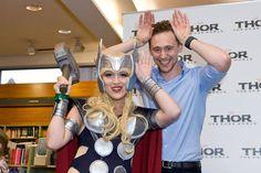 Tom Hiddleston at the #Kinokuniya #Sydney #Australia (October 8, 2013) | interacting with fans