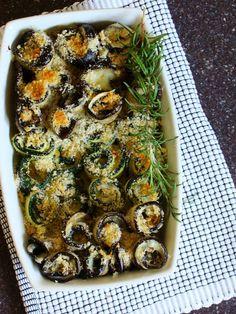 involtini vegetariani di zucchine e melanzane, con cuore filante di scamorza al profumo di rosmarino
