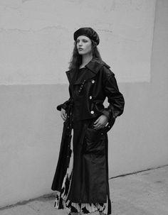 Julia Banas By Nicolas Kantor For Vogue Mexico October 2017 - Minimal. / Visual.