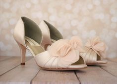 5461b05327d2 Romance is in bloom with these blush peep toe custom wedding shoes by Ellie  Wren (
