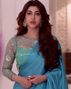 Sonarika Beautiful Bollywood Actress, Most Beautiful Indian Actress, Dehati Girl Photo, Fashion Beauty, Girl Fashion, Iranian Women Fashion, Sonarika Bhadoria, Modern Saree, Lehnga Dress