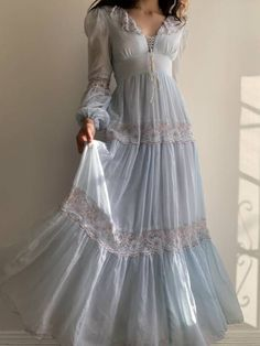 Pretty Outfits, Pretty Dresses, Beautiful Dresses, Looks Chic, Looks Style, Dress Outfits, Fashion Dresses, Dress Up, Fantasy Gowns