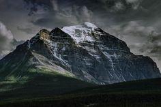 Canadian Rockies ninth tallest mountain [60004000] OC #reddit