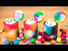 Click here to learn how to make rainbow candy cups! These will make an awesome treat at you child's rainbow themed birthday party!