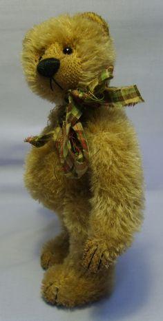 Elizabeth Lloyd Cupboard Bears