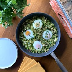 It's not always easy to pack vegetables into your morning routine. That's where I find a shakshuka works really well. This version creates a nice bed of greens for the… Pesto Potatoes, Stuffed Mushrooms, Stuffed Peppers, Vegetarian Paleo, Fresh Herbs, Cooking Time, Food Pictures, Food Network Recipes, Whole30