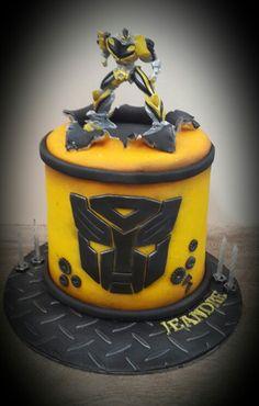 Transformers....bumble bee cake