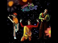 Deee-Lite- Smile On (World Clique) Deeeee-liteful day!!!!!  Smile it on and pass it on .