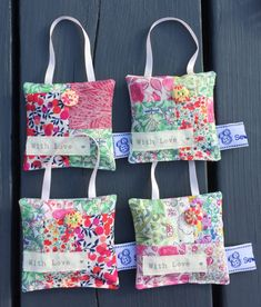 Liberty fabric patchwork lavender sachets, scented sachets, lavender bags with love Scrap Fabric Projects, Small Sewing Projects, Fabric Scraps, Sewing Crafts, Lavender Crafts, Lavender Bags, Lavender Sachets, Sachet Bags, Scented Sachets