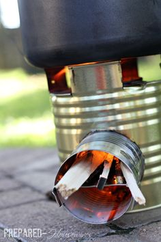 Uses for Empty Food Storage Cans can and soup can=Rocket Stove for emergency cooking (store some kindling). Survival Food, Camping Survival, Survival Prepping, Emergency Preparedness, Survival Skills, Survival Hacks, Survival Stuff, Outdoor Survival, Emergency Kits