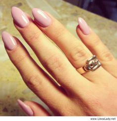 Stiletto nails (3)