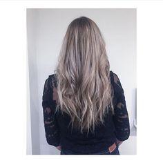 Grey Blonde Tones by Ayleen @ Salon B, Amsterdam #salonbnl #olaplex #wellahair #balayage