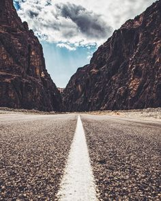 Road in Sinai photo by @hsn08 •
