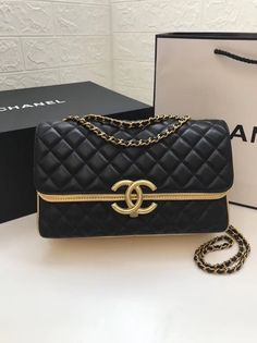 There are lots of luxury and well designed Chanel bags in the stores this season. I mean, who doesn't like a Chanel bag? Popular Handbags, Cute Handbags, Cheap Handbags, Chanel Handbags, Fashion Handbags, Purses And Handbags, Fashion Bags, Burberry Handbags, Chanel Bags