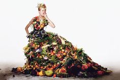 """Richard Burbridge collaborated with Robbie Spencer for T Magazine. This Spring fruit is back, seen in prints and patterns that are exaggerated by the dynamic fashion duo's fantastic minds in an editorial for T Magazine called """"Salad Times"""". Richard Burbridge, Giuseppe Arcimboldo, Big Fashion, Womens Fashion, Fashion Usa, Fast Fashion, Fashion Shoot, Colorful Fashion, Fashion 2020"""