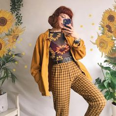 Autumn Outfits for Women- 50 Ideas On How To Dress In Autumn Outfit Trends Outfit Trends Autumn Outf Vintage Outfits, Retro Outfits, Vintage Fashion, Yellow Outfits, Vintage Clothing, Artsy Outfits, Quirky Fashion, Yellow Fashion, Indie Outfits